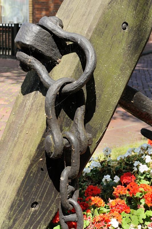 anker- anchor   Urk