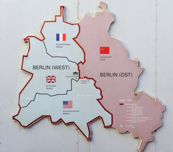 verdeling van Berlijn na WWII in vier sectoren division of Berlin after WWII in four sectors